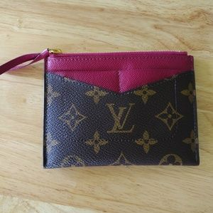 Louis Vuitton Zipped Card Holder
